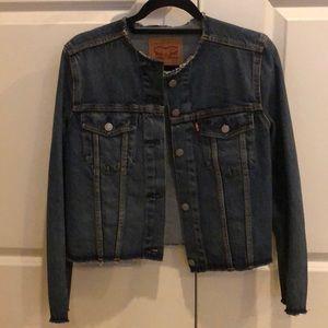 LEVI'S Frayed Hem Women's Jacket Sz M NWOT